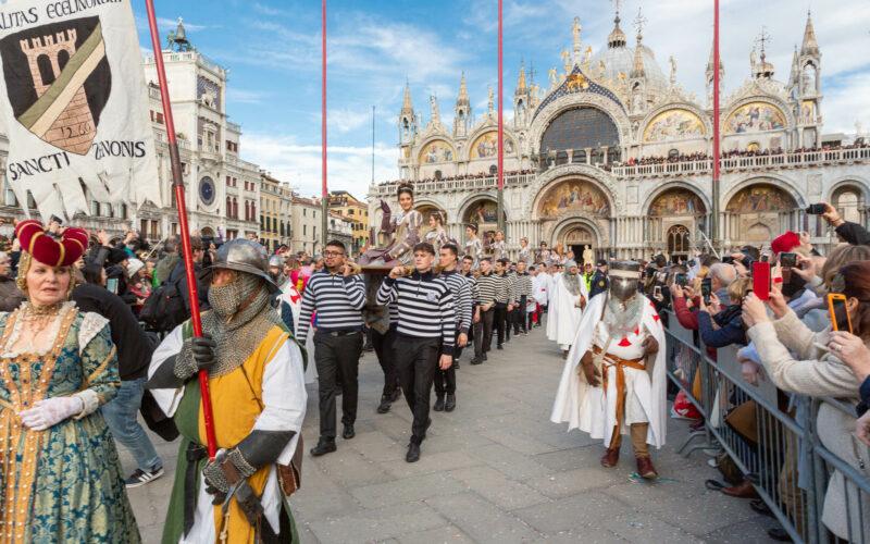Festa delle Marie – The Parade - Carnevale di Venezia 2021 ...