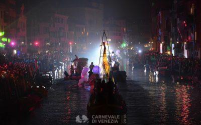 Venezia, 27 gennaio 2018 -  festa sull'acqua in rio di cannaregio