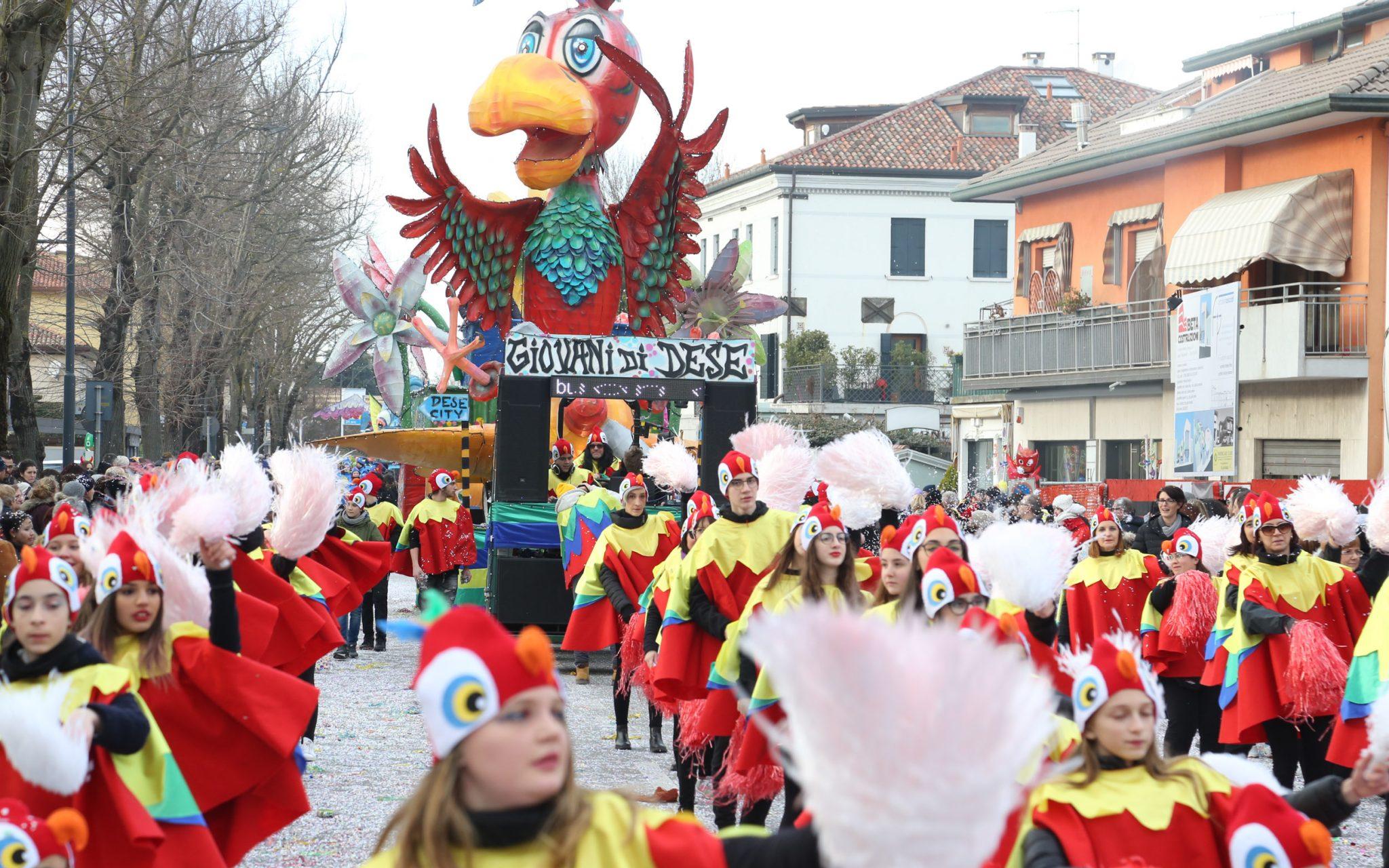 Carnival of the youth of Zelarino - Carnevale di Venezia ...