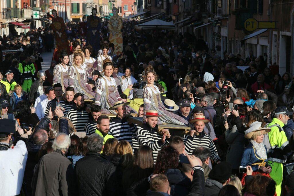 italia parade Ass