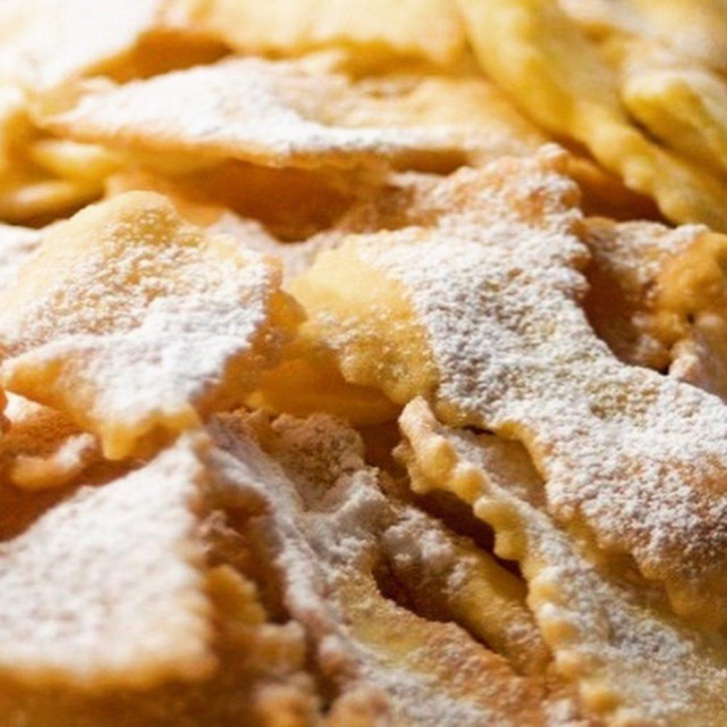 I dolci del Carnevale a Venezia - Carnevale di Venezia 2020 - sito ... 720e2a51da8
